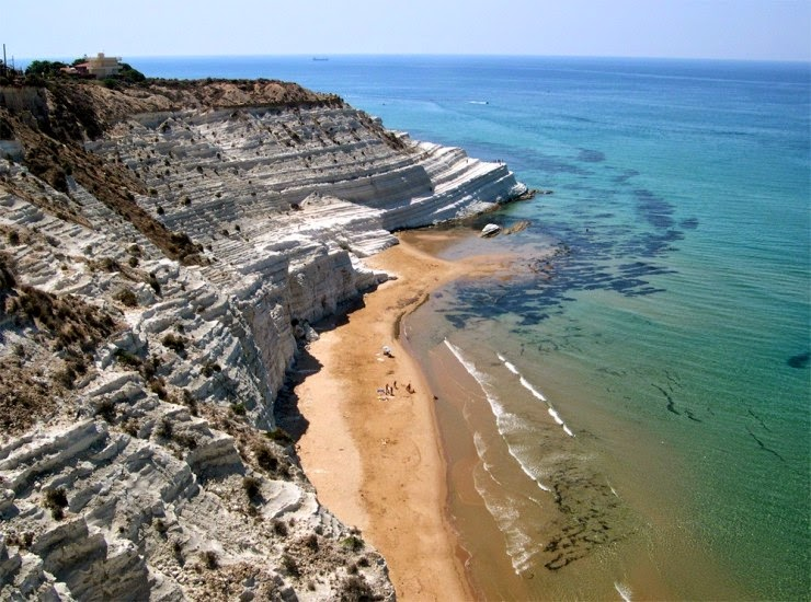 4. Scala dei Turchi, Sicily, Italy - Top 10 Beaches to Go to in 2015