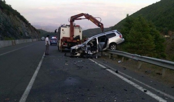 Tragic car accident on Nation's Road, two killed and three injured