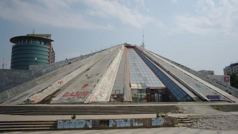 Pyramid of Dictaror Enver Hoxha to be transformed in a Science and IT Center for children