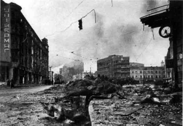 Devastated Kharkov after its capture by the Wehrmacht, 12 November 1941 worldwartwo.filminspector.com
