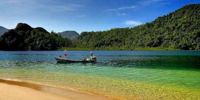 Asyiknya berwisata ke pulau pasumpahan sumatera barat