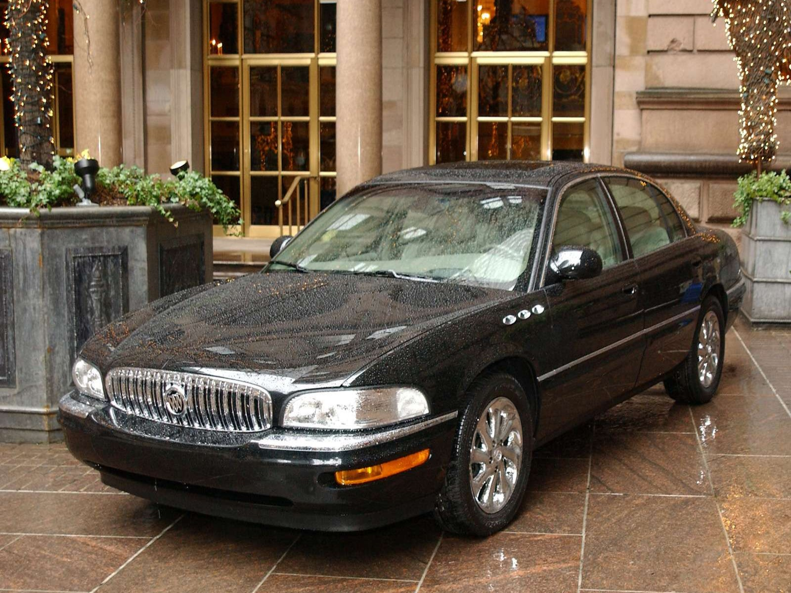 Buick Park Avenue Ultra on 2003 Buick Lesabre Limited