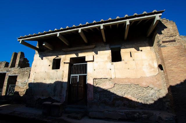Panificio-Scavi di Pompei