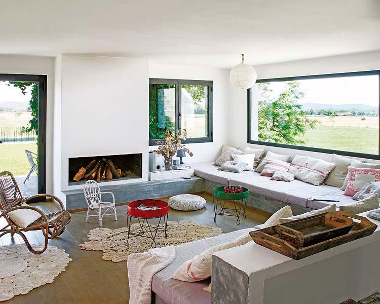 Los colores claros aportan pureza y bienestar a los ambientes, como nuestra gama de blancos ferro 2, mezclables entre sí: Estilo Rustico Casa En Espana