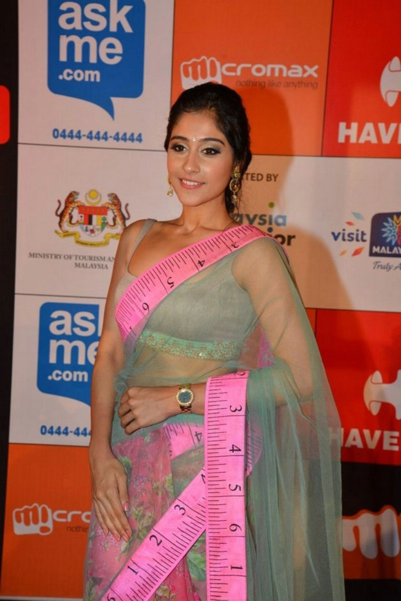 Regina Cassandra Hot Stills In Green Designer Saree