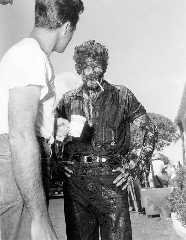 "Explaining ""GIANT"" (1956) and James Dean's final film ...  Giant 1956 James Dean"