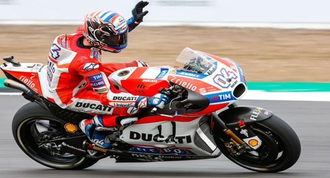 Race Silverstone: Dovizioso Sabet Kemenangan Back To Back, Yamaha Dua-Tiga, Mesin Marquez Ngebuullll....
