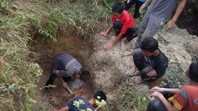 Santri Curhat Pesantren Kritis Air Bersih, Tonton Videonya Disini