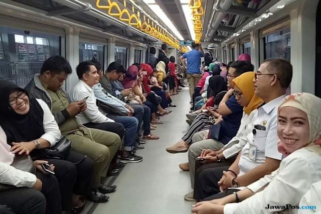 Baru Beroperasi, LRT Palembang Mogok 45 Menit