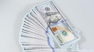 Terus Menguat, Dolar AS Tembus Rp 13.600