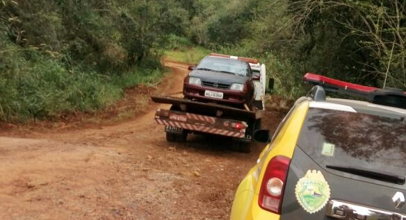 Campina da Lagoa: PM recupera veículo roubado...