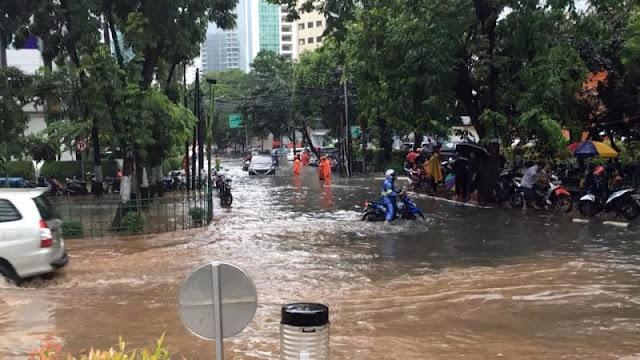 Banjir Melanda Ibu Kota Jakarta