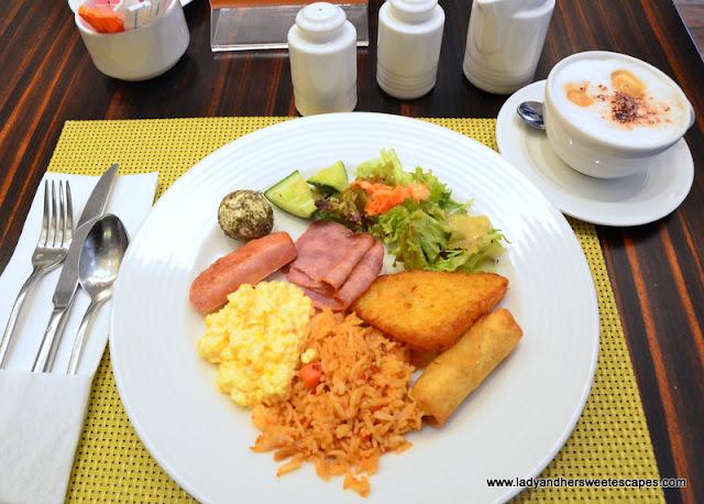 my breakfast plate at Centro Barsha