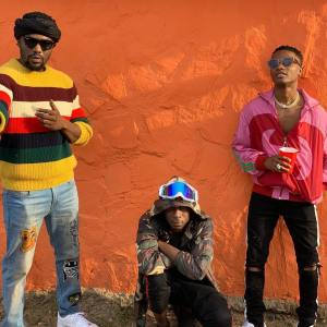 """[Music] R2Bees – """"Straight From Mars"""" ft. Wizkid By Tomiw"""