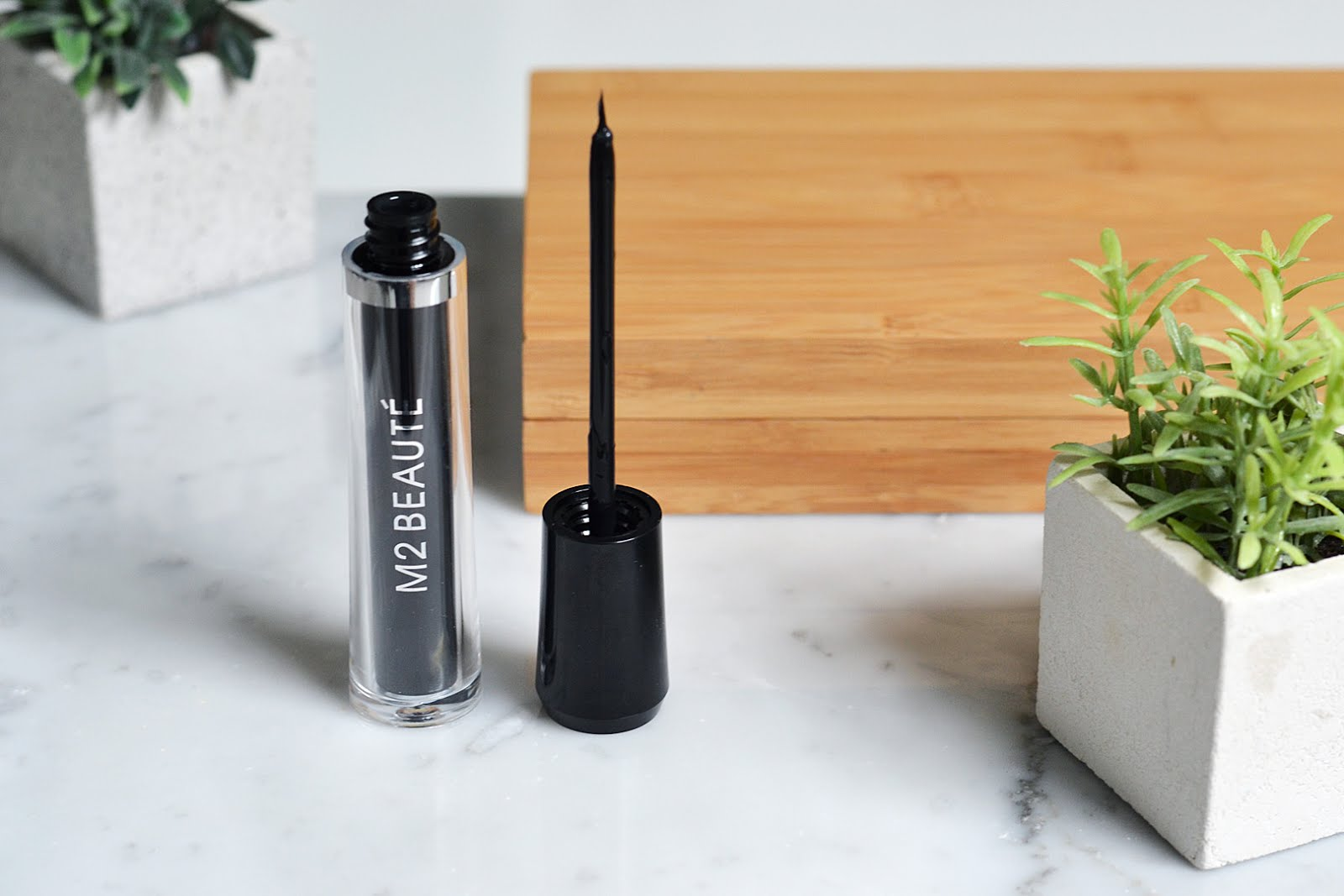 Eyelash activating serum, M2 beauté, beautyblogger, belgian blogger, belgische blogger