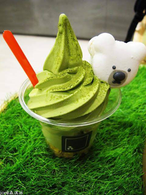 IMG 6914 - 【台中美食】冰淇淋‧馬卡龍‧咖啡飲品 『森淇淋』 讓在店裡吃冰淇淋也可以如此的放鬆 @冰淇淋 @馬卡龍@咖啡飲品@創意甜點 @創意美食