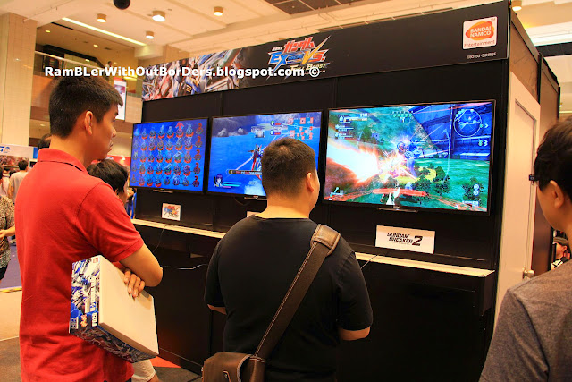 GUNDAM video game, Takashimaya Square, Singapore