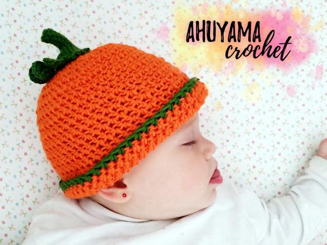 imagen gorro de calabaza a crochet para bebes