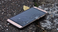 Cover o pellicole Smartphone Antiurto per evitare che si rompa cadendo
