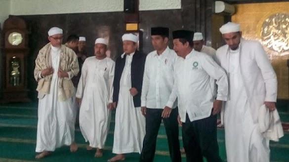 Pertemuannya dengan Jokowi Bocor, PA 212 Justru Merasa Lega, karena..