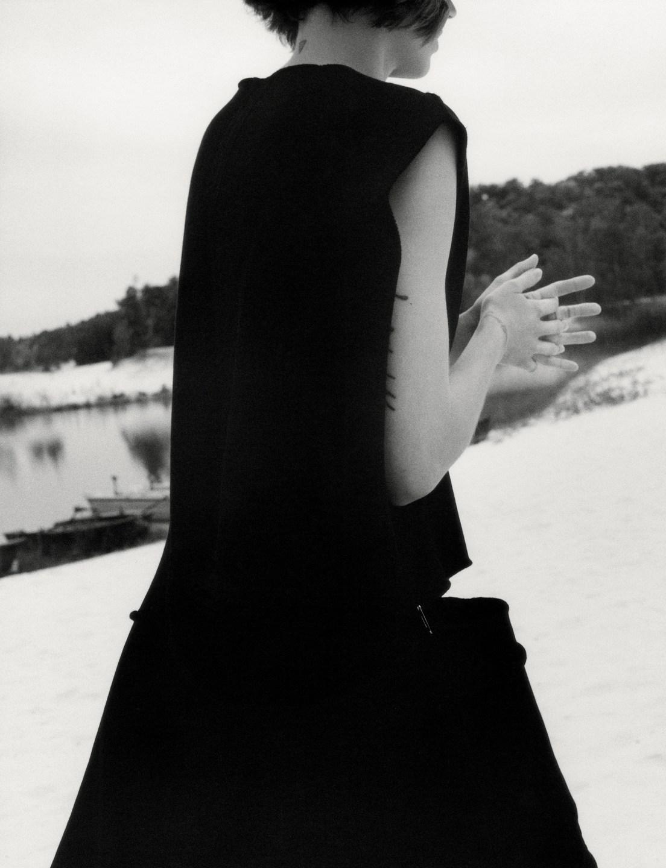 Freja Beha Erichsen in Vogue UK December 2018 by Jamie ...