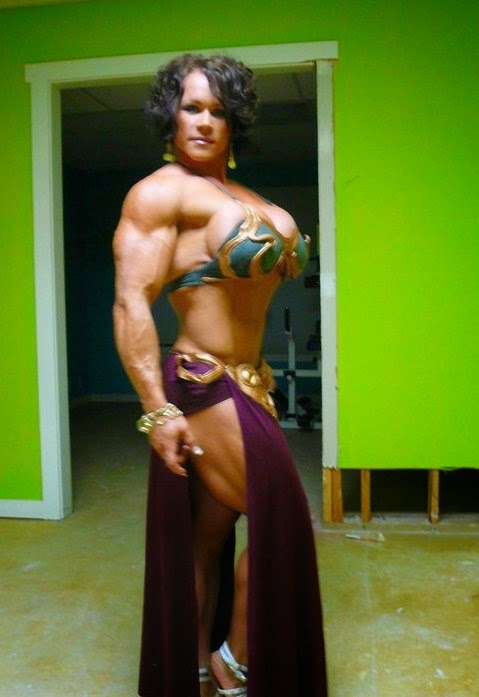 Muscle lady very hot and sexy 8