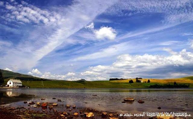 lac d'Auvergne : le lac Chauvet.