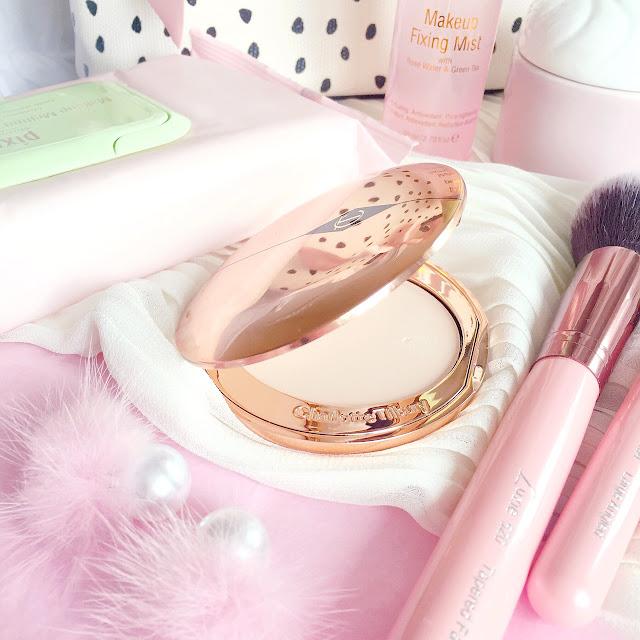 Charlotte Tilbury | Airbrush Flawless Finish Skin Perfecting Micro Powder