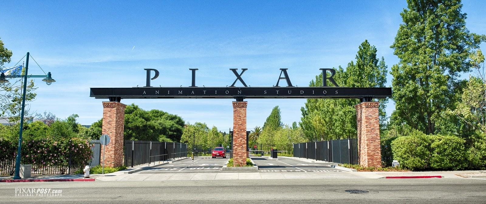 Building  Universal Studios Gate