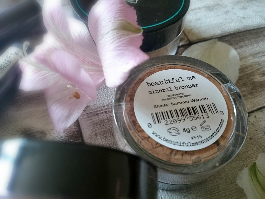 Mineral Bronzer, cruelty free bronzer, paraben free, SLS free, Microplastic free, beauty blogger