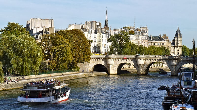 Vedettes du Pont-Neuf - Top 10 Sites in Paris