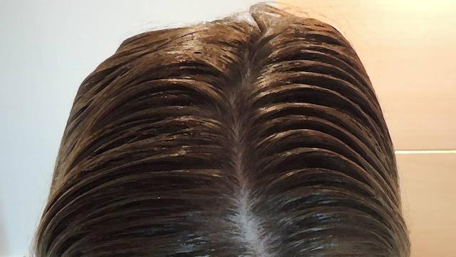 ¿Cómo lavar el cabello graso?