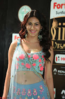 Amyra Dastur in Flower Print Choli Transparent Chunni at IIFA Utsavam Awards018.JPG