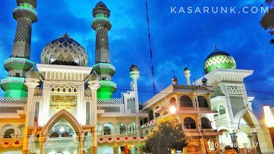 masjid agung malang, masjid raya malang, masjid agung jami malang, alun alun malang, alun-alun, malang, batu, angsle, bakso president