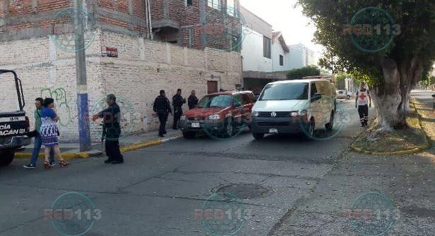 Del al menos 7 balazos es ultimado a bordo de una camioneta en Zamora | RED113