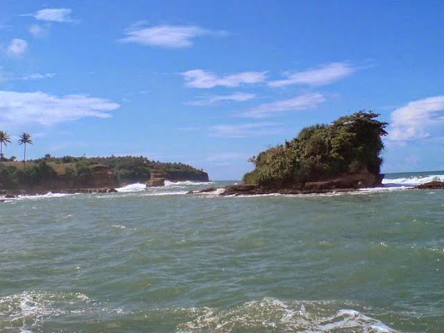 Wisata Pantai Sukabumi - Pantai Ombak Tujuh