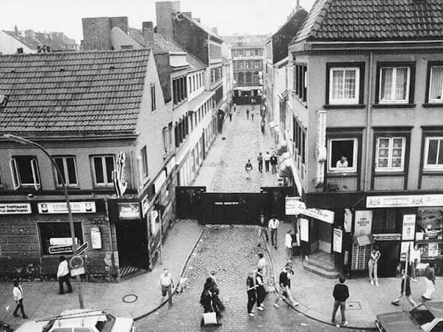 La calle Herbertstrasse, en el barrio de St. Pauli de Hamburgo.