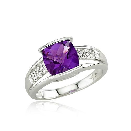 Engagement Rings: December 2012