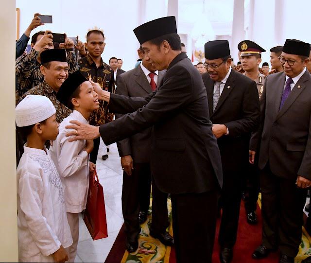 Presiden Jokowi Rayakan Maulid Nabi Muhammad Bersama Anak Yatim di Istana