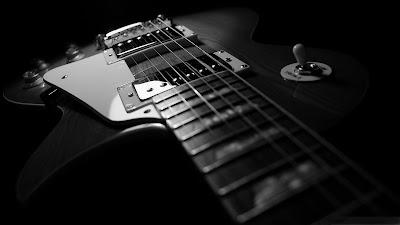 Guitarra eléctrica en blanco y negro