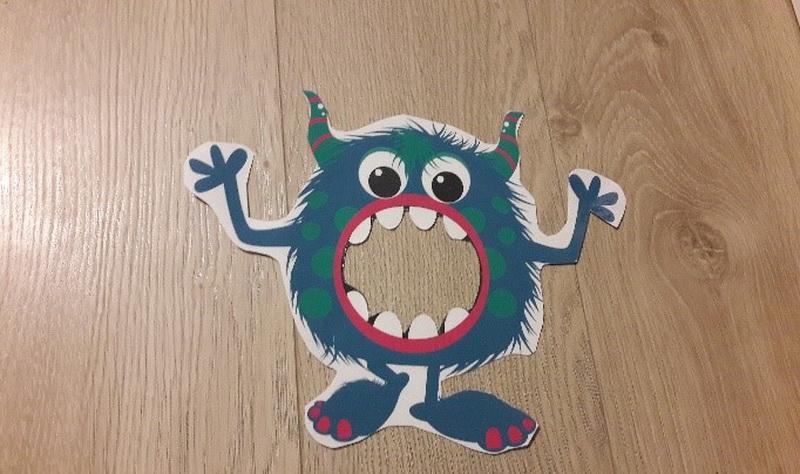 ciastelinowy potwór nie może doczekać się zabawy