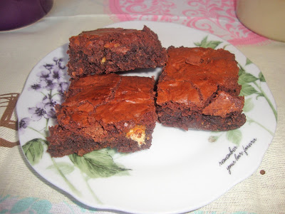 brownie de tres chocolates