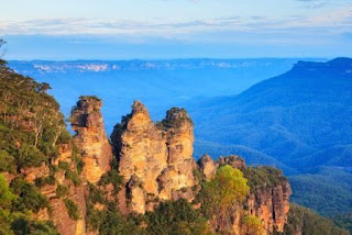 6. Blue Mountains National Park
