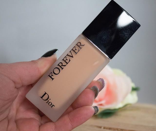 Dior Forever mat