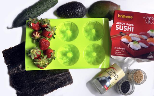 los ingredientes y el molde verde