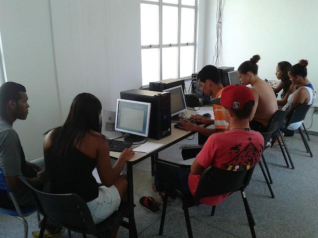 Prefeitura oferta curso de informática básica em Maruim