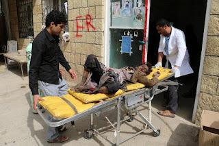 Puluhan warga sipil tewas dalam serangan bus sekolah di Yaman