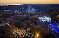 America's Best Amusement Park for Christmas and New Year's Eve Holidays 2018