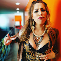Joana Machado atrevida enquanto Mila