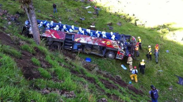 muertos por accidente en la vía Aloag Santo Domingo